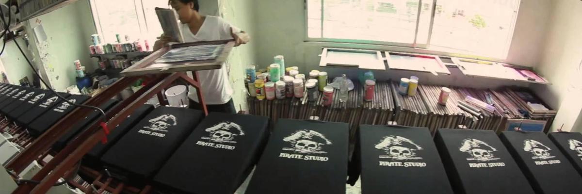 Silk screen printing for T shirt silk screening